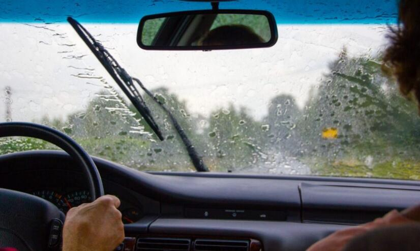 Tips for safe driving in the rain